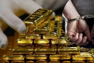 Gold smuggling through Jaipur airport