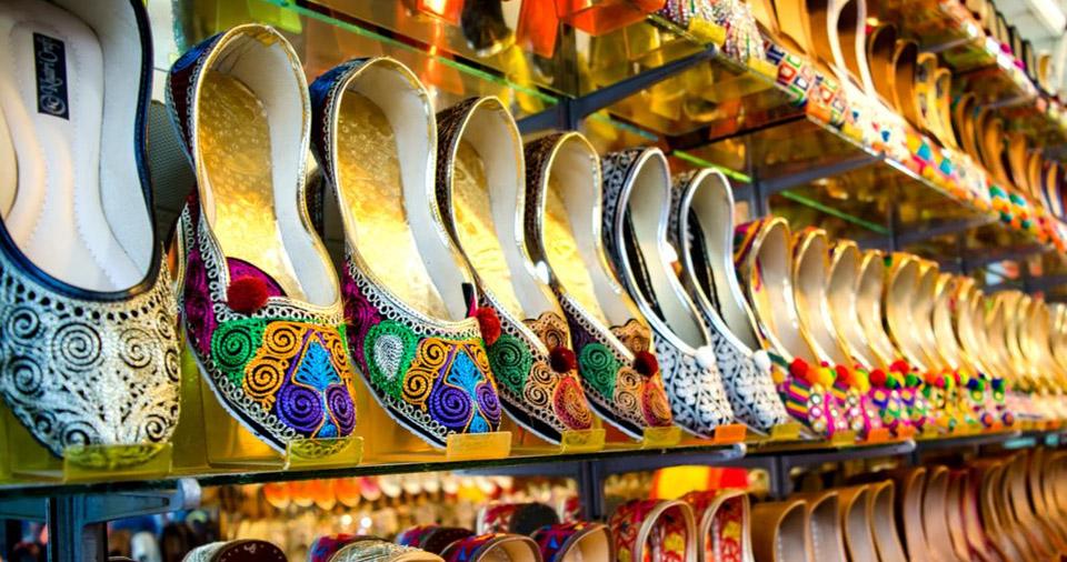mojaris at Ramganj Bazar