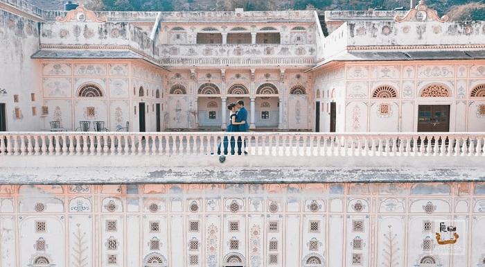 pre wedding shoot Castle Kalwar
