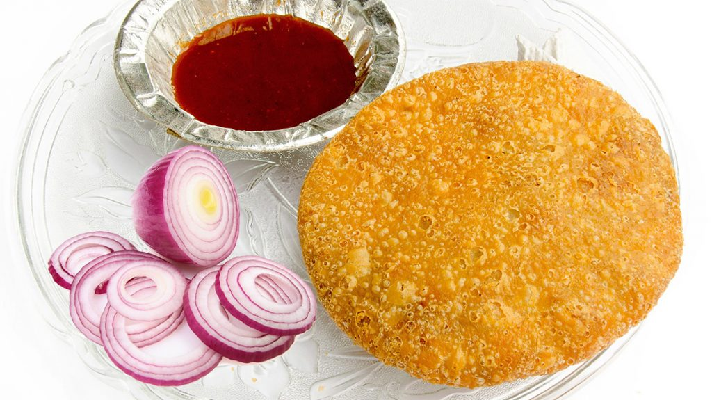 onion kachoris