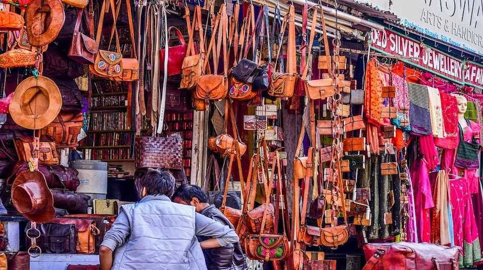 leather items in jaipur