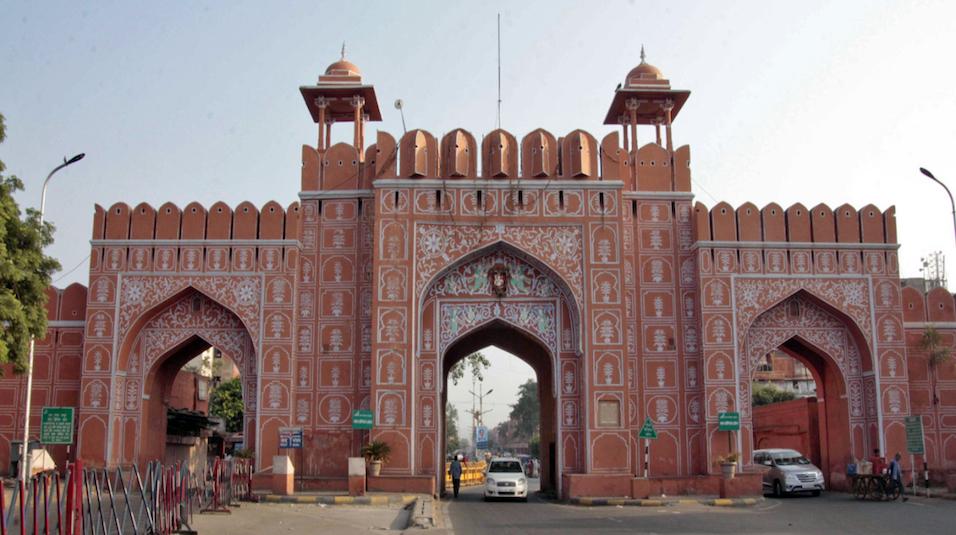 sanganeri gate of jaipur